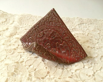 Clay Card Holder in Dusky Red, Lace Stamped & Handmade