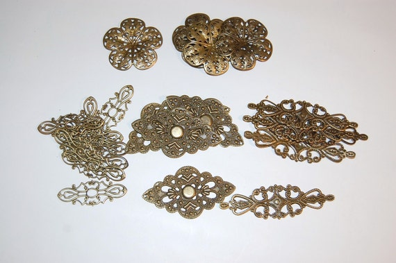 25 Piece Metal Embellishment Kit with 4 styles of Filigrees