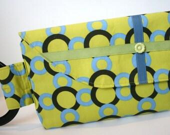 SALE Green Geometric Clutch Bag, Wristlet Bag, Evening Clutch Bag, Girls Night Out Bag, Tricia Bag