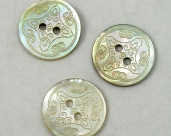 14mm Engraved Agoya Shell Button (4 Pcs) #1553
