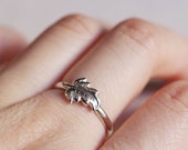 stackable leaf ring . leaf stacking ring . delicate leaves ring . silver leaf ring . leaf jewelry . fall jewelry // 4APLF