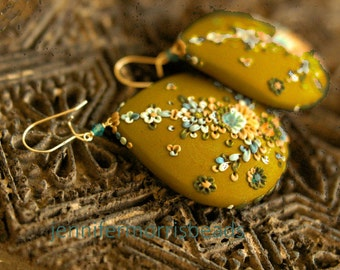 saharan princess earrings - olive version