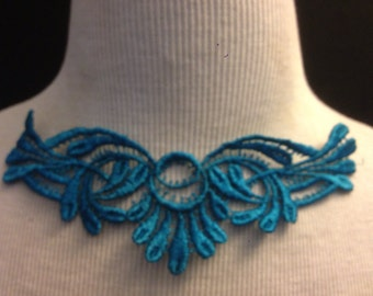 Collar Applique (Free Item With Purchase)