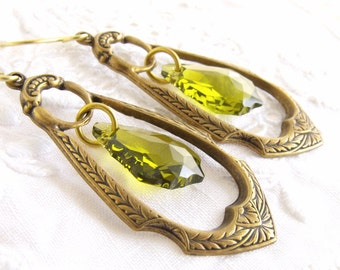 Art Deco Earrings, Antique Gold Brass, Light Green Crystal Earrings, Classic Jewellery, Bohemian Earrings