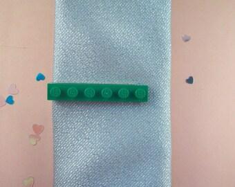 Green Building Brick Tie Clip