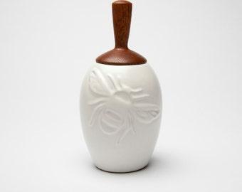 beehive bee honey pot - ceramic stoneware, wooden honey dripper built in to lid, honey jar, bee keeper, apiary