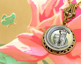 OWL Antique BUTTON necklace, Victorian birds on brass. Antique button jewelry, jewellery.