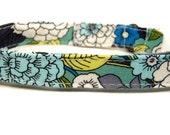 LAST ONES Vintage Vixen - Organic Cotton CAT Collar Breakaway Safety Flowers - All Antique Brass Hardware