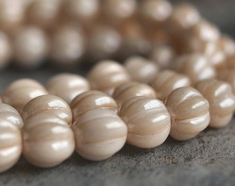 Czech Glass Melon Bead 8mm Champagne Luster : 25 pc