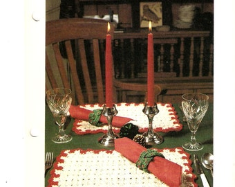 Christmas Holiday Table Setting - Placemats - Napkins