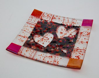 Red & Black fused glass frit heart plate  6.5 x 6.5