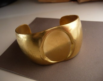Brass Cuff Bracelet Oval Setting 30 mm x 22 mm