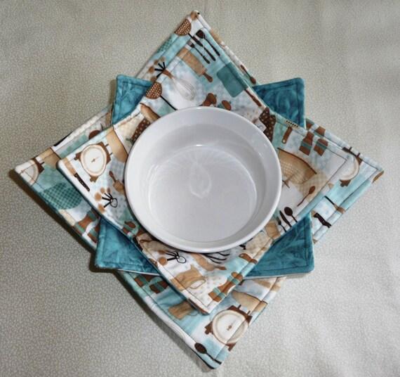 Microwave Bowl Cozy Set Of 3 Retro Kitchen Themed