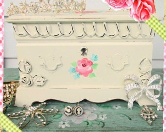 Jewelry Box:  Shabby Chic Wooden Jewerly Box, Marie Antoinette Shabby Painted Roses, Marie Antoinette Box