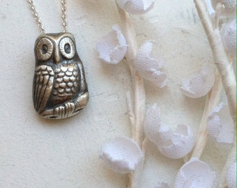 owl pendant sterling silver necklace on 17 inch chain