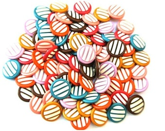 70 Vintage buttons in 7 colors with white 22mm 10 buttons of each color
