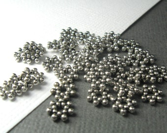 Antiqued Silver Pewter bumpy daisy Spacer Beads - Qty 36
