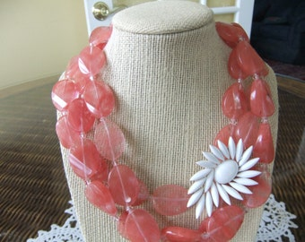 Oval Melon Color Agate Necklace with Vintage White Trifari Brooch Attached