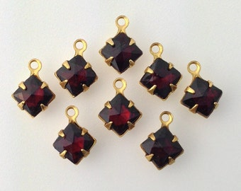 Garnet Faceted Square Glass Stones 1 Loop Brass Setting 6mm (8) squ001MM