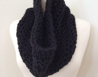 Chunky Knit Cowl Scarf in Black...
