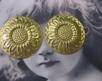 Raw Brass Large Sunflower Stamping 755RAW x2