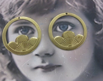 Raw Brass Large Japanese Blossom Crest Stampings 658RAW x2