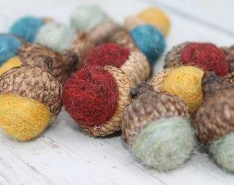 Set of 16 Wool Felted Acorns in 4 Fall Colors Home Decor Eco Friendly