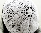 Crocheted Flower Slouchy Hat. Beanie. Chapeau.