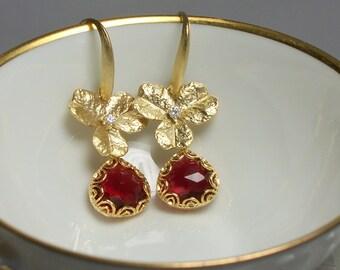 Ruby Red Glass Earrings, CZ Jewelry, Drop Earrings, Dangle Earrings, Fashion Jewelry, Floral Earrings, Gold Earrings, Modern Jewelry, Red