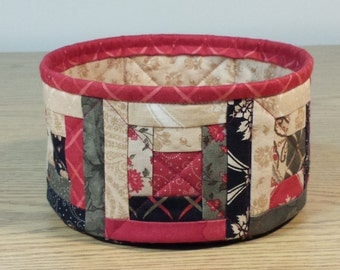 Quilted Fabric Bowl - Log Cabin (XbowlT)