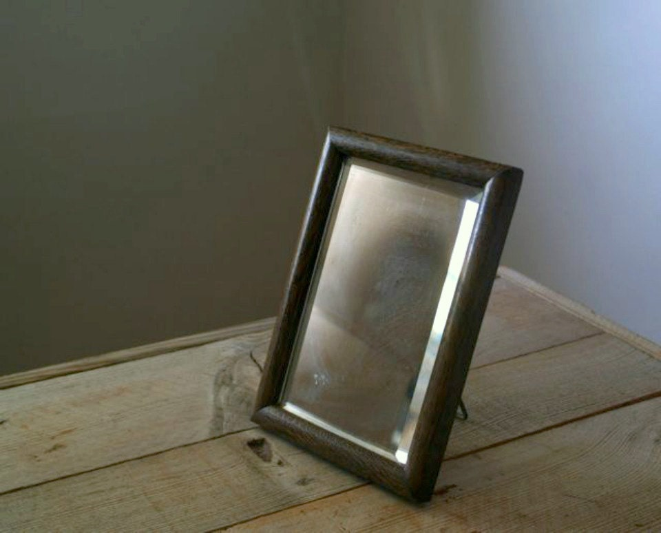 Antique beveled glass travel shaving mirror vintage shaving for Shaving mirror