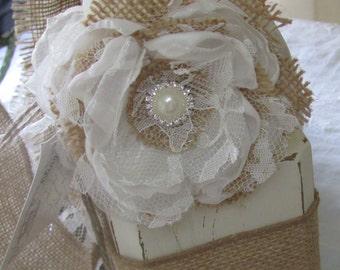 Wrist corsage/Wrist Corsage Bracelet/Wrist Corsage Flowers/Flower Bracelet Corsage/ Corsage bracelet/ keepsake corsage for bridal shower