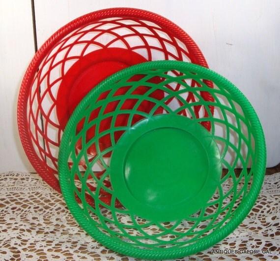 Red Plastic Picnic Basket : Set of vintage plastic basket serving bowls picnic dish