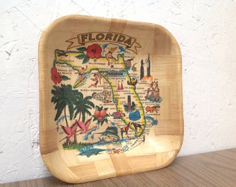 1960s souvenir tray . Florida state . Carrib Novelty Inc . Disney Busch Cape Kennedy Flamingos . Woven bamboo kitsch