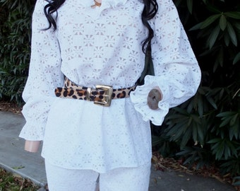 Vintage Pantsuir, 1970s White Lace Pantsuit by Frank Lee,  Highwaisted Pants, Flared Leg, Summer Pantsuit, Boho Gypsy