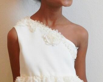 "Ivory Flower Girl Dress, Shabby Chic, Holiday dress, sizes 2T- 14, The ""Jenni"" dress"