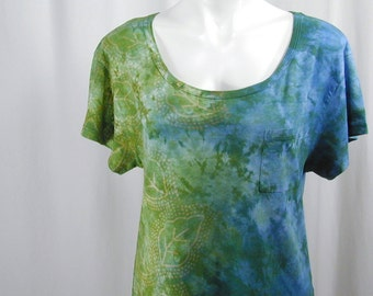 One Summer Day in Riviera Blue and Willow Green. A Hand Dyed and Block Printed MicroModal Slub Scoop Neck Cropped Tee (medium)