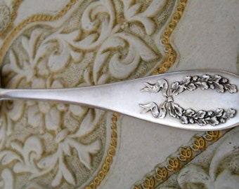 Vintage Silverplate Large Fanned Cold Meat Fork - Serving Fork, Flat Ware, Silverware, ROCKFORD SILVERPLATE CO.