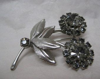 Flower Gray Rhinestone Brooch Silver Vintage Pin