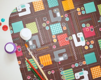 Laminated Cotton Oilcloth - Craft and Splat Mat - Sewing Machines