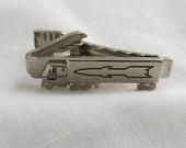 Vintage Silver Tone 16 Wheeler Tractor Trailer Tie Bar