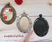 20pc...Vintage Style Oval Pendant Trays with Glass Tiles...Mix and Match..Inside Diameter 22 x 30mm