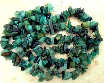 NATURAL EMERALD 4-6mm Chips Gemstone Beads 17 Inch Strand ETSY-A