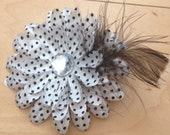 Handmade 4'x4' polka dot with feather crystal hair clip ooak diy