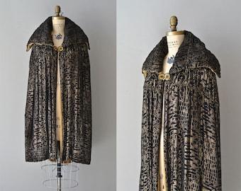 Millay Lamé cape | vintage 1920s cape | silk lamé velvet 20s cape coat