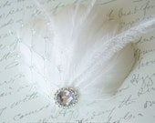 Bridal Fascinator - PETIT PLATINE - Great Gatsby White Ostrich Feathers Silver Platinum Veil Netting Bridal Clip