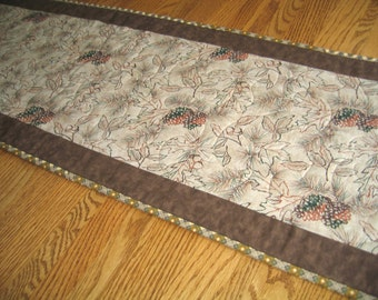 Quilted Table Runner with Leaves, Acorns and Pinecones