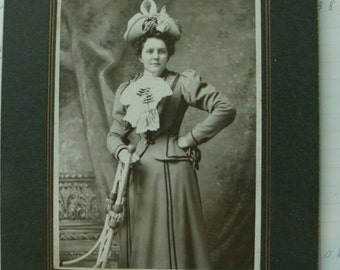 Antique Victorian Edwardian Haute Gorgeous Lady in Hat Cabinet Photo Great Condition
