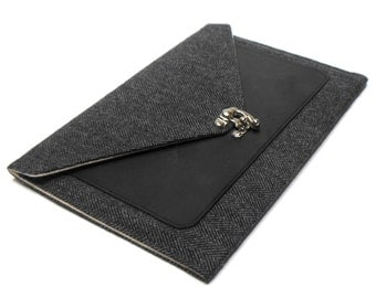 iPad Pro / iPad / iPad Air / iPad Mini case with leather pocket - gray and black herringbone tweed