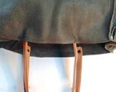 Pebbled Leather, Medium Tote, in Olive Green